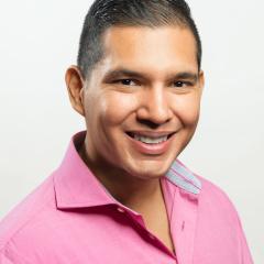 William Alvarez SEO